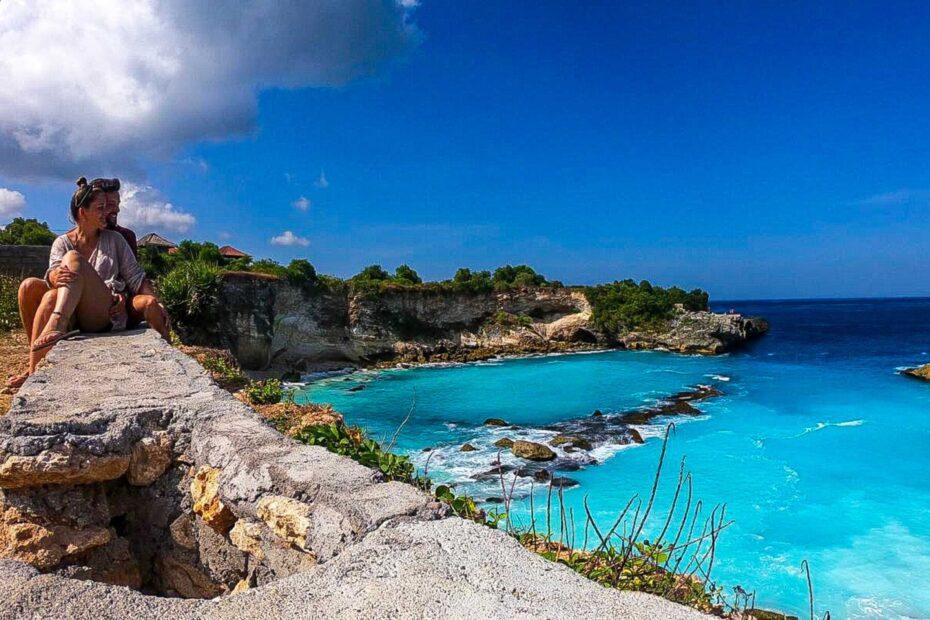 Het geweldige Bali met zon zee en mooie standen